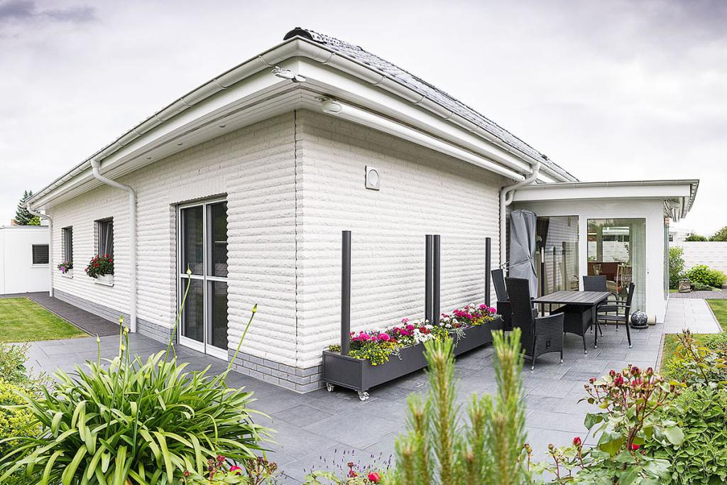 Neubau eines schlüsselfertigen EFH im Bungalowstil in Greifswald, Walther-Rathenau-Straße